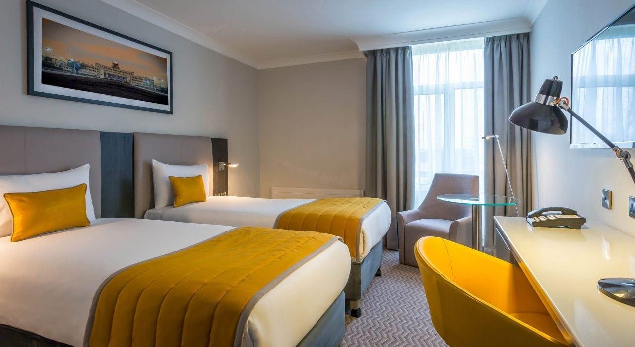 Maldron Hotel Dublin Airport Twin Room