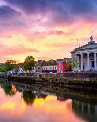 View of the River Lee in Cork City - Maldron Hotels Cork City