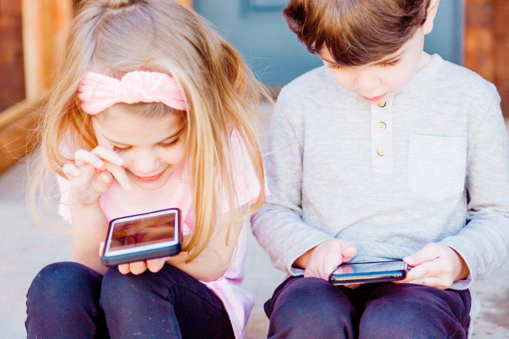 Kids Using Apps - Maldron Hotels