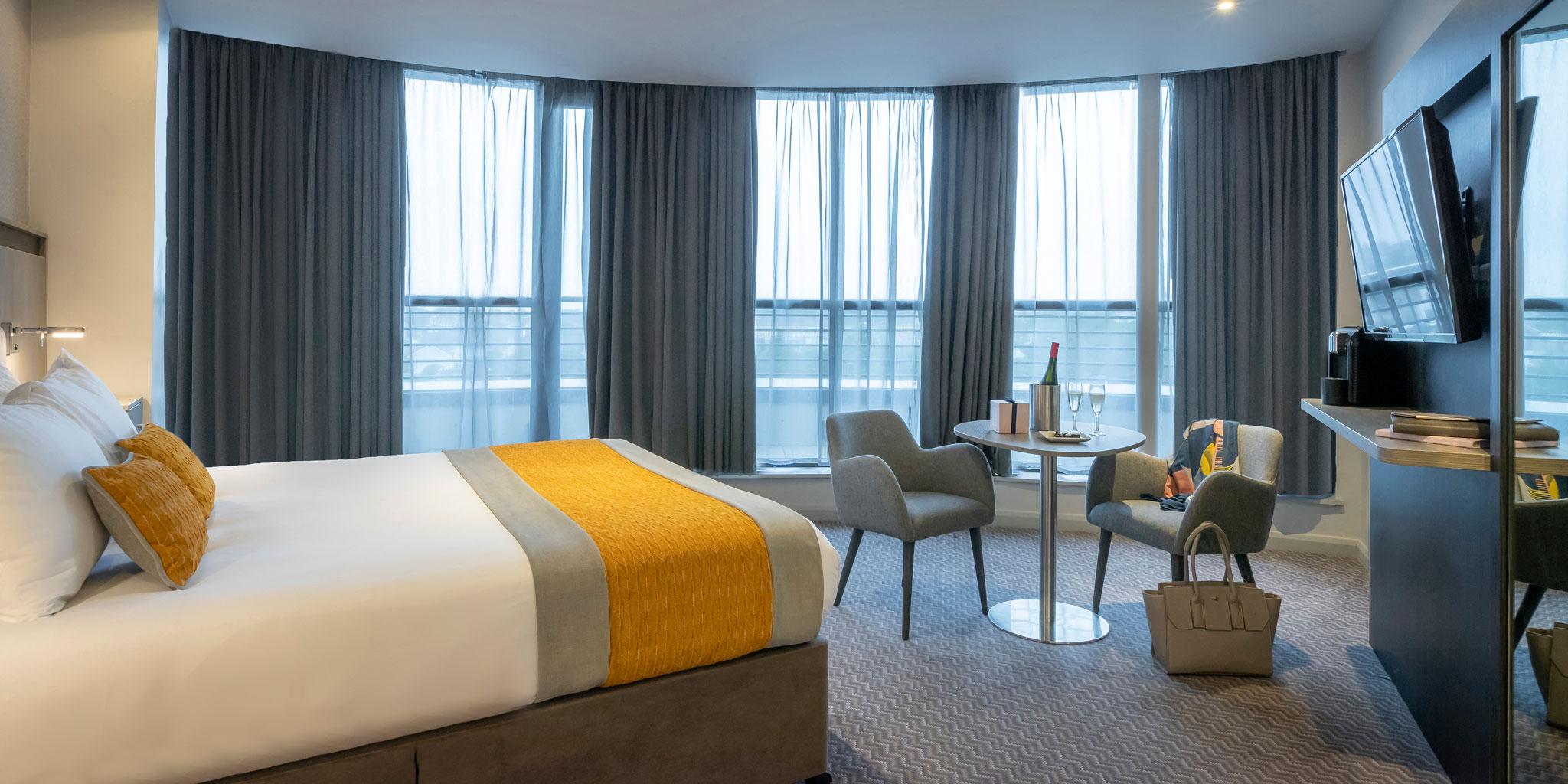 Executive-Bedroom-Maldron-Sandy-Road
