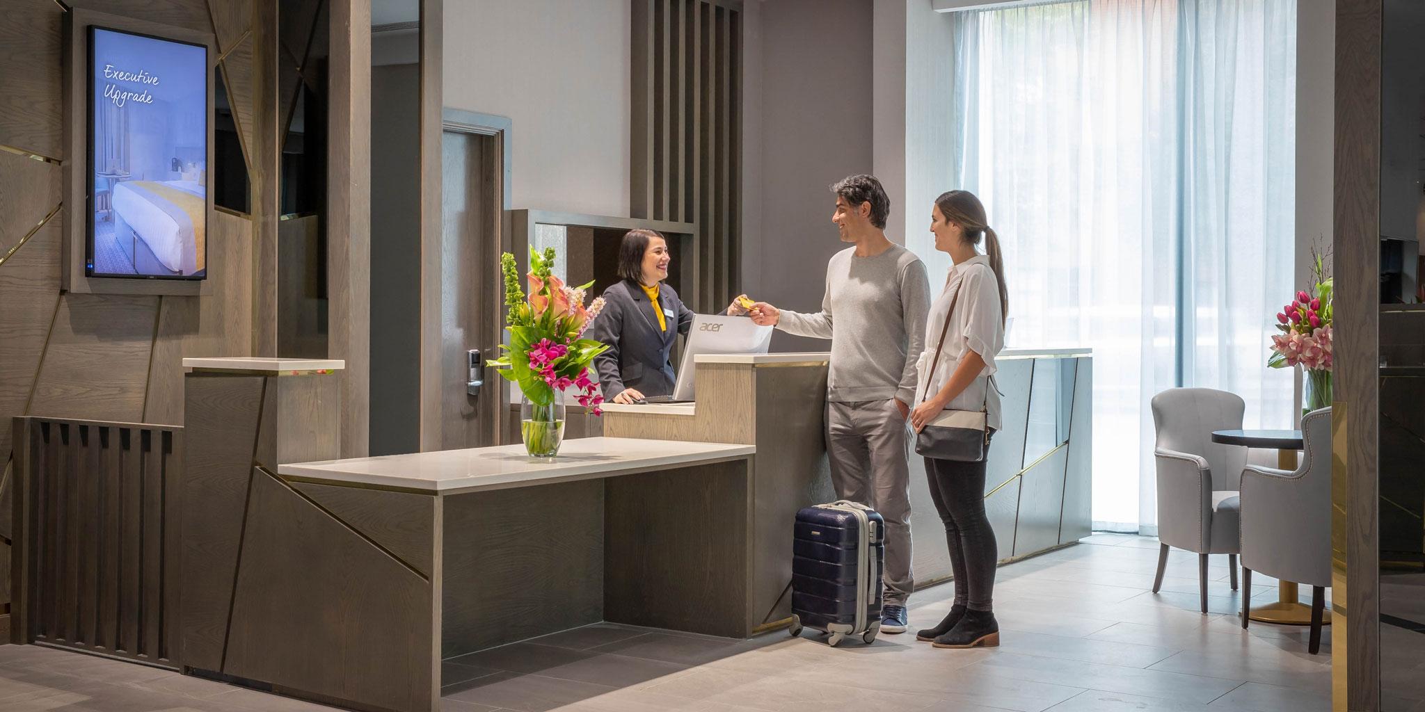 guests-checking-in-reception-Maldron-Hotel-Parnell-Square-Dublin